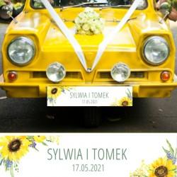 TABLICA rejestracyjna na auto ślubne. Grafika słoneczników zdobi imiona Pary Młodej. Niezbędny dodatek na ślub.
