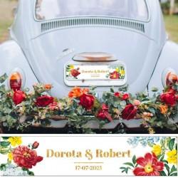 TABLICA rejestracyjna personalizowana na ślubny samochód. Kwiatowa grafika dekoruje imiona Pary Młodej. Niezbędny dodatek ślubny