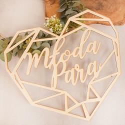 SERCE drewniane geometryczne z napisem Młoda Para. Ślubna dekoracja drewniana na salę weselną.