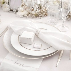 KSIĘGA GOŚCI weselnych ze srebrnym napisem Love Z IMIONAMI