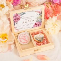 PREZENT dla Świadkowej w drewnianym pudełku lusterko + serduszko Sweet Peony