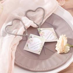 Zimne ognie w kształcie serca. Podziękowanie dla gości weselnych z bilecikiem. Kolekcja Vintage z imionami gości.