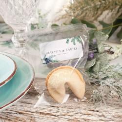 Ciasteczko z wróżbą to wyjątkowy upominek dla gości weselnych. Idealnie sprawdzi się, aby podziękować za obecność i otrzymane ży
