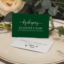 Personalizowany bilecik w modnej kolorystyce butelkowej zieleni. Na bileciku umieścimy personalizację.