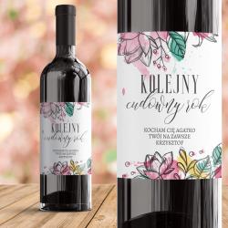 Personalizowana etykieta na wino dla ukochanej osoby. Prezent z okazji rocznicy.