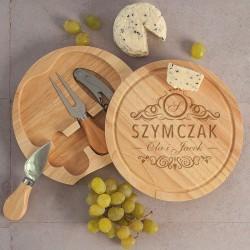 Deska do serwowania serów z nożem i widelczykiem. Grawer na rocznicę.