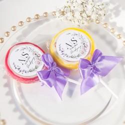 Upominek dla gości weselnych w postaci owocowych lizaków. Idealny upominek dla bliskich osób.