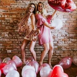Balony ozdobne w kolorze różowego złota. Idealnie sprawdzi się jako dekoracja na Wieczór Panieński.