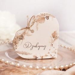 Pudełka w kształcie serca. Idealny upominek dla gości.