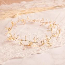 Ślubna gałązka ze złotym drucikiem, perełkami.