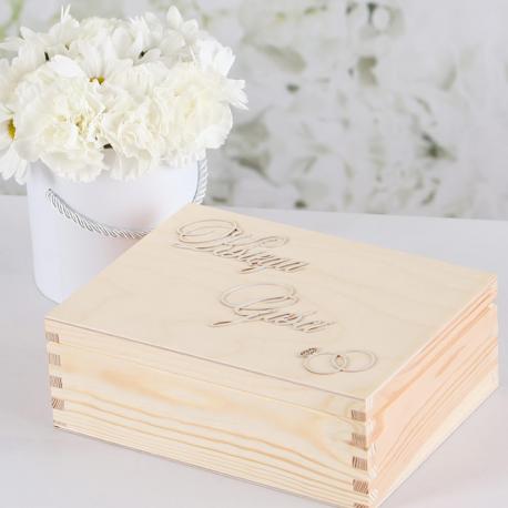 KSIĘGA GOŚCI 'Anelli d'amore' w drewnianym pudełku