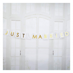 Baner z flagami na samochód ZŁOTY - Just Married