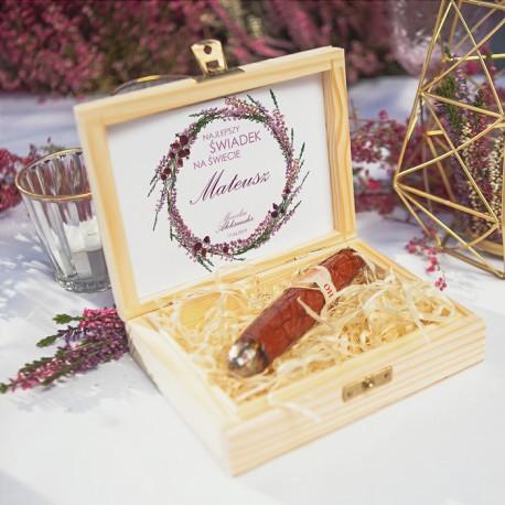 PREZENT dla świadka w drewnianym pudełku CZEKOLADOWE CYGARO Polne Wrzosy