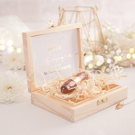 PREZENT dla Świadka w drewnianym pudełku CZEKOLADOWE CYGARO Only Love