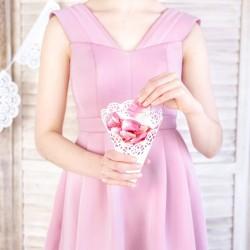 ROŻKI na konfetti lub płatki róż ażurowe BIAŁE 10 szt.