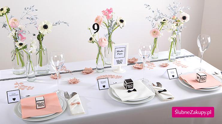 dekoracje stołu mr&mrs