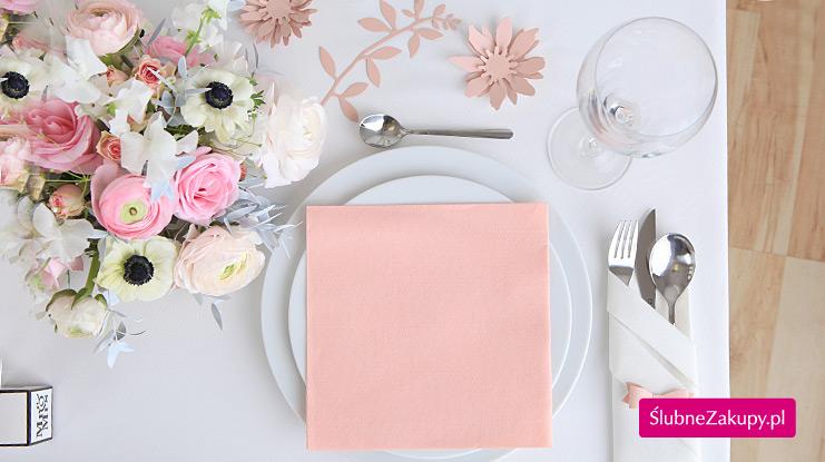 różowe dekoracje weselne