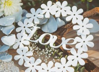 drewniane-dekoracja-love.jpg